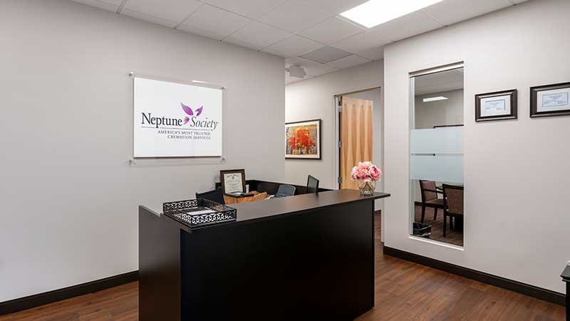 Neptune Society Cremation Services St. Louis, MO front desk